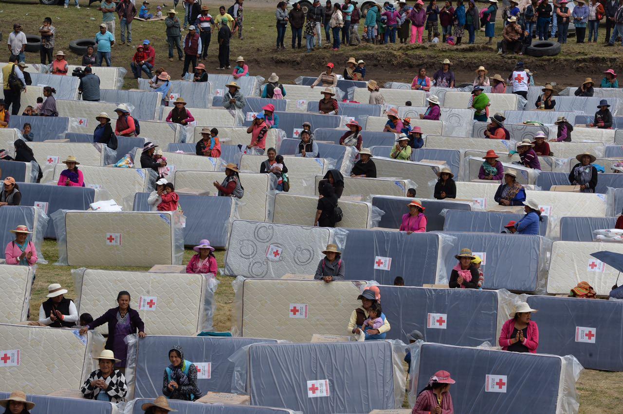 Lleva Cruz Roja Mexicana ayuda humanitaria a comunidades serranas de Temascaltepec y Valle de Bravo