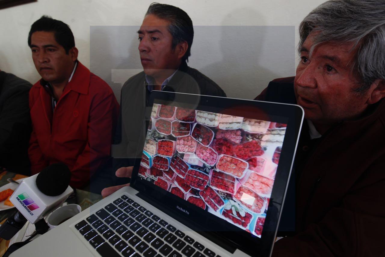Tito Maya coloca retenes para desviar a compradores y productores de flor a un predio de su propiedad