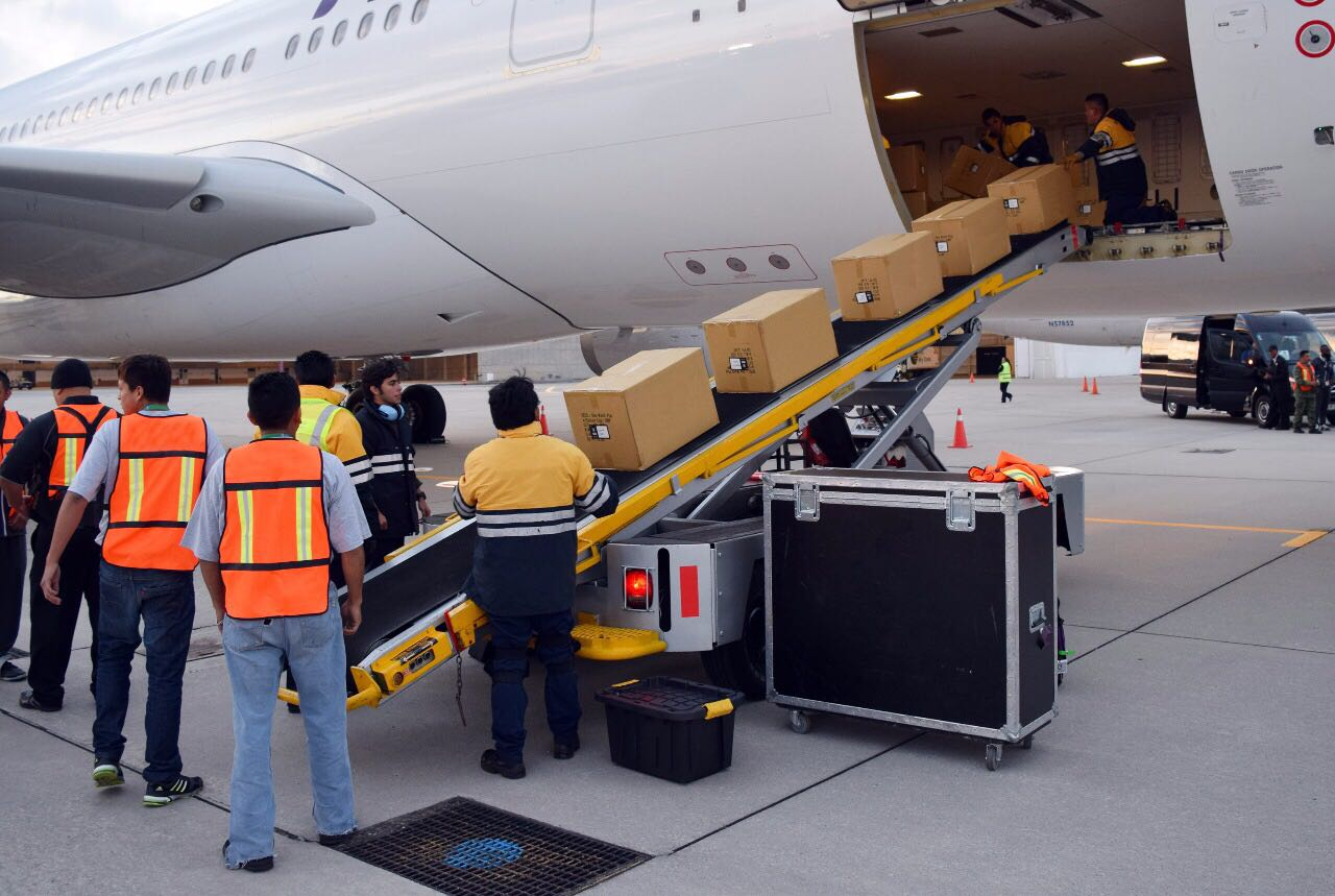 Aumenta movimiento de carga aérea en el aeropuerto internacional de Toluca
