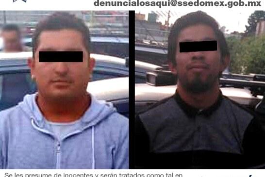 Secretaría de seguridad recupera vehículo robado en un tianguis de autos y detiene a dos individuos