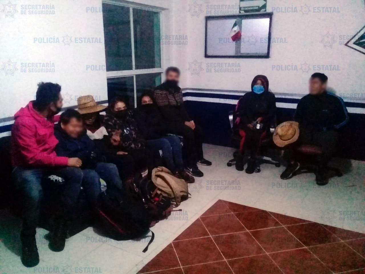 Rescatan a ocho personas extraviadas en Peña de Ñado