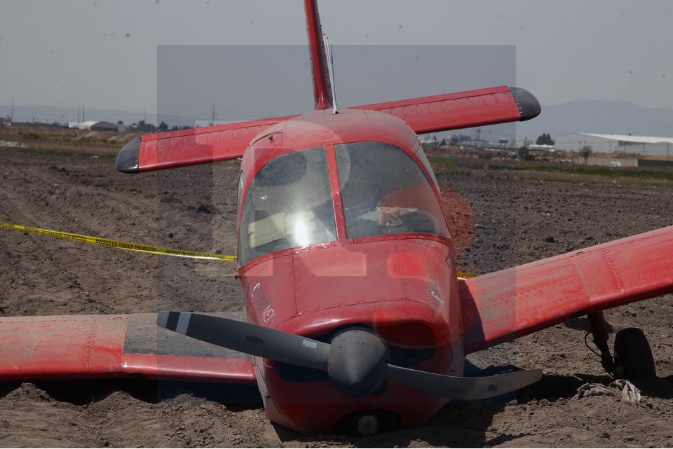 Aterriza de emergencia una avioneta, ocupantes sin lesiones