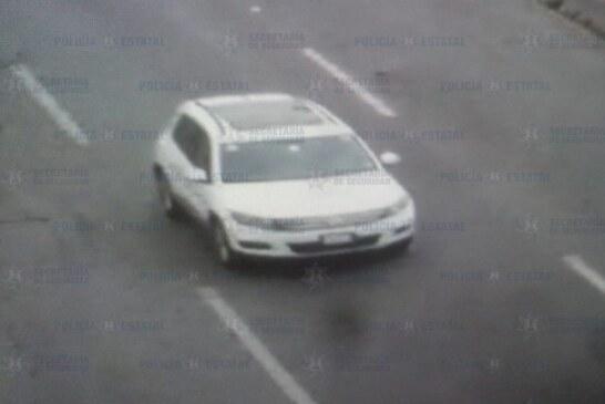 Recuperan un vehículo con reporte de robo y detienen a probable responsable