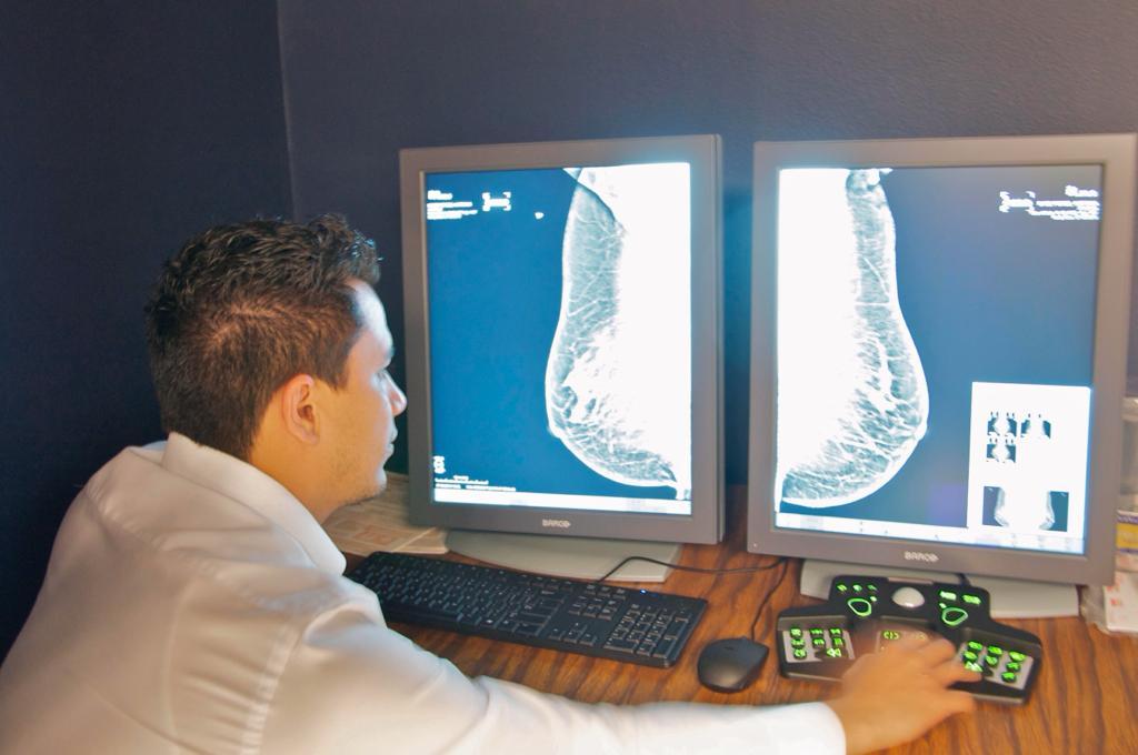 Realiza ISEM más de 100 mil mastografías en el presente año
