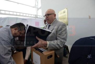Levanta Pastor huelga de hambre, asegura inminente restitución de su candidatura
