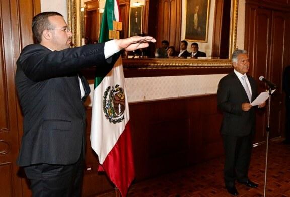 Fernando Zamora Morales realiza cambios en el gabinete municipal