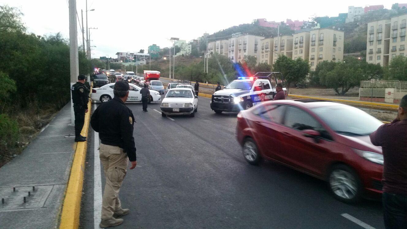 Aseguran autoridades estatales y federales a 20 personas mediante operativo realizado en el municipio de Tlalnepantla