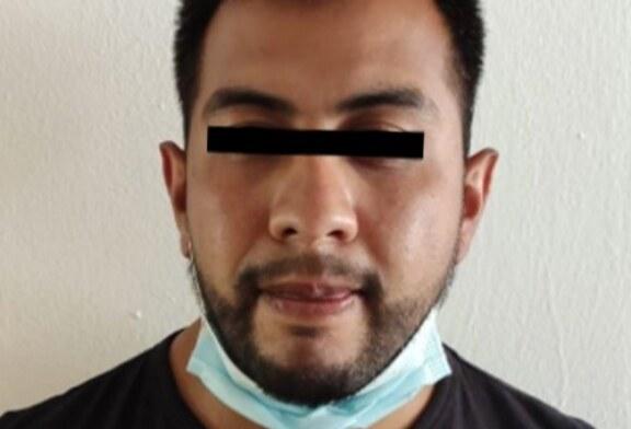 Detiene FGJEM a un PDI investigado por robo con violencia a un inmueble de zona esmeralda, en Atizapán
