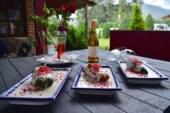 Celebran el 6º festival de chiles en nogada en la región de los volcanes