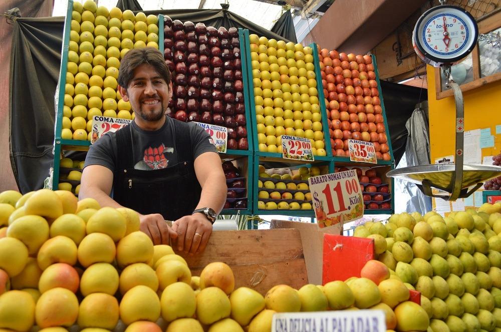 Es Edoméx primer lugar nacional en cantidad de comercios de frutas y verduras