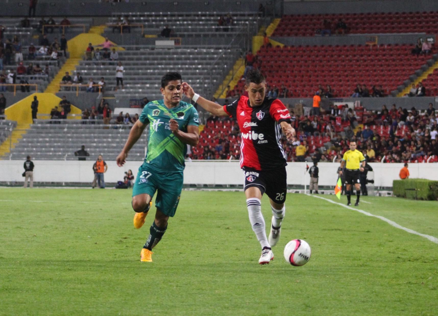 Atlas se impone a Potros UAEM FC 2 a 1