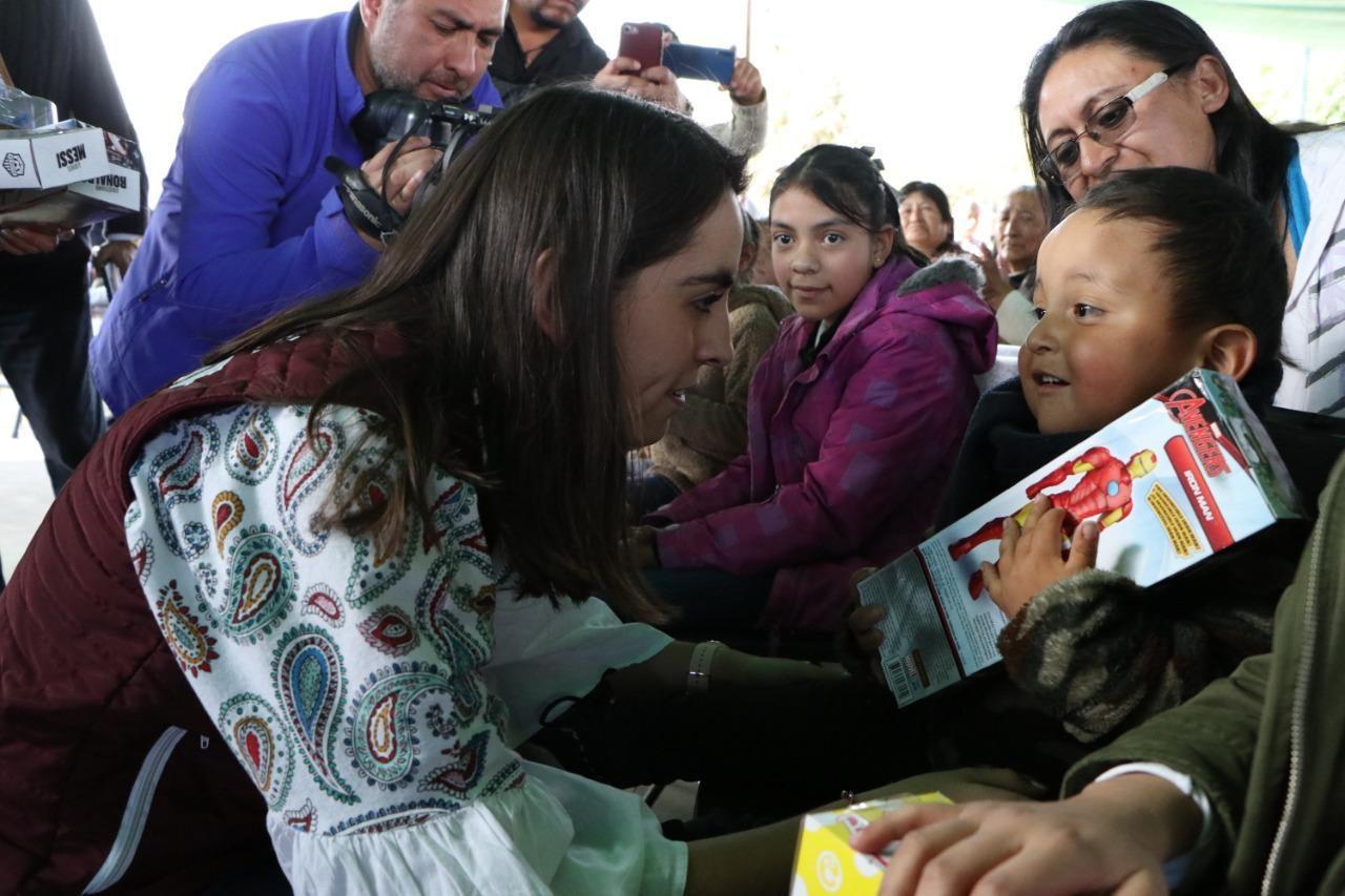 Gobierno de Metepec celebra a más de 20 mil niñas y niños en festival de reyes magos itinerante
