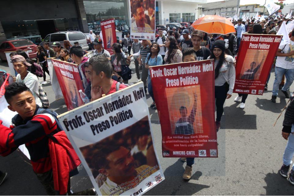 Marchan por liberar a un preso político