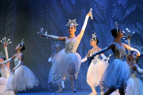 """Presenta ballet clásico  """"el cascanueces"""" en el teatro Morelos"""