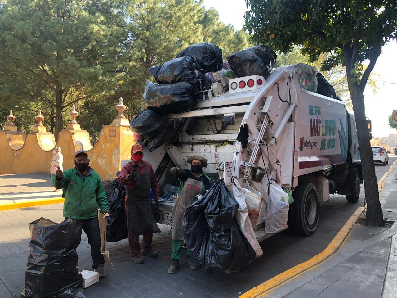 Sin parar en Metepec los servicios esenciales: Gaby Gamboa