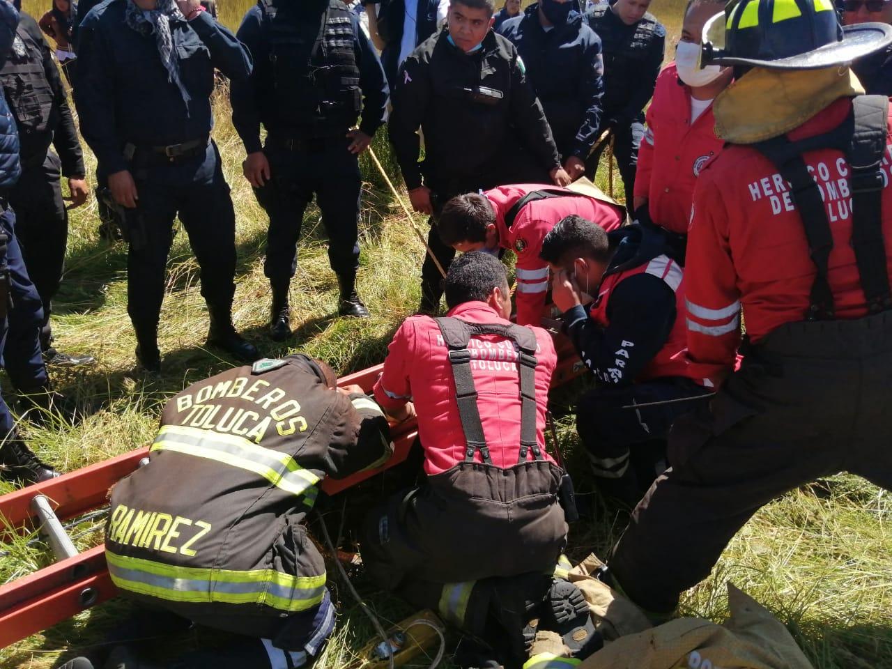 Rescatan a una persona que había caído en un pozo y lo buscaban desde hace tres días.
