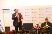 Presenta Oscar González plataforma política a estudiantes del Tec., de Monterrey