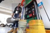 Responde la empresa a los automovilistas a los que se les cargo agua con gasolina.