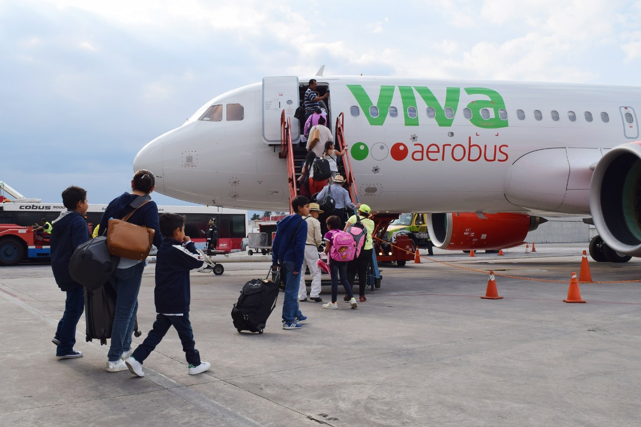 Inicia viva aerobús vuelos a Cancún y Monterrey desde el aeropuerto internacional de Toluca