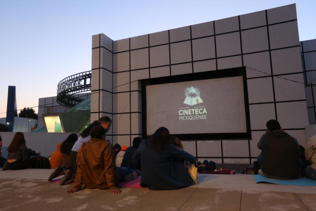 Invitan a disfrutar funciones de séptimo arte al aire libre en la cineteca mexiquense