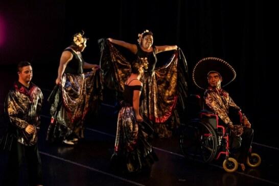 """Presenta ballet mexicano de la discapacidad coreografía """"capacidad/dis"""" ante mexiquenses"""