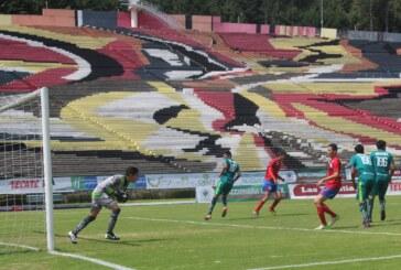 Potros UAEM golea 5-0 a Aztecas AMF Soccer