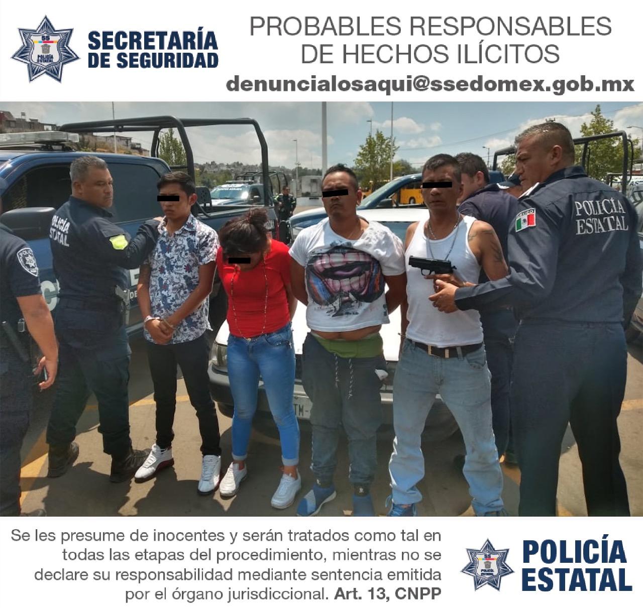 Tras persecución, policías estatales aprehenden a probables asaltantes bancarios