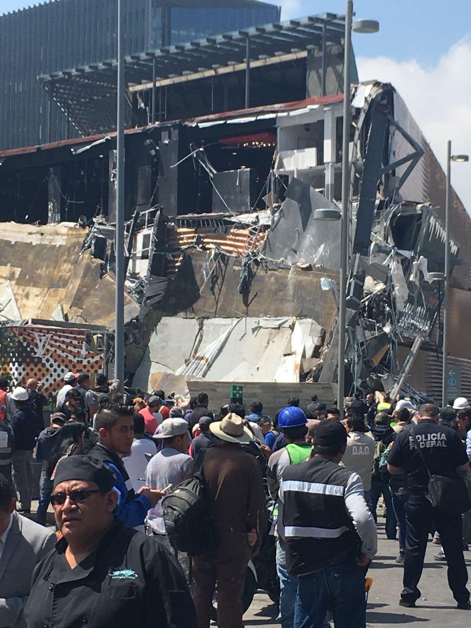 Se desploma un centro comercial en la CDMX