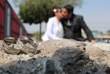 Contraen matrimonio civil más de 3 mil parejas en Ecatepec