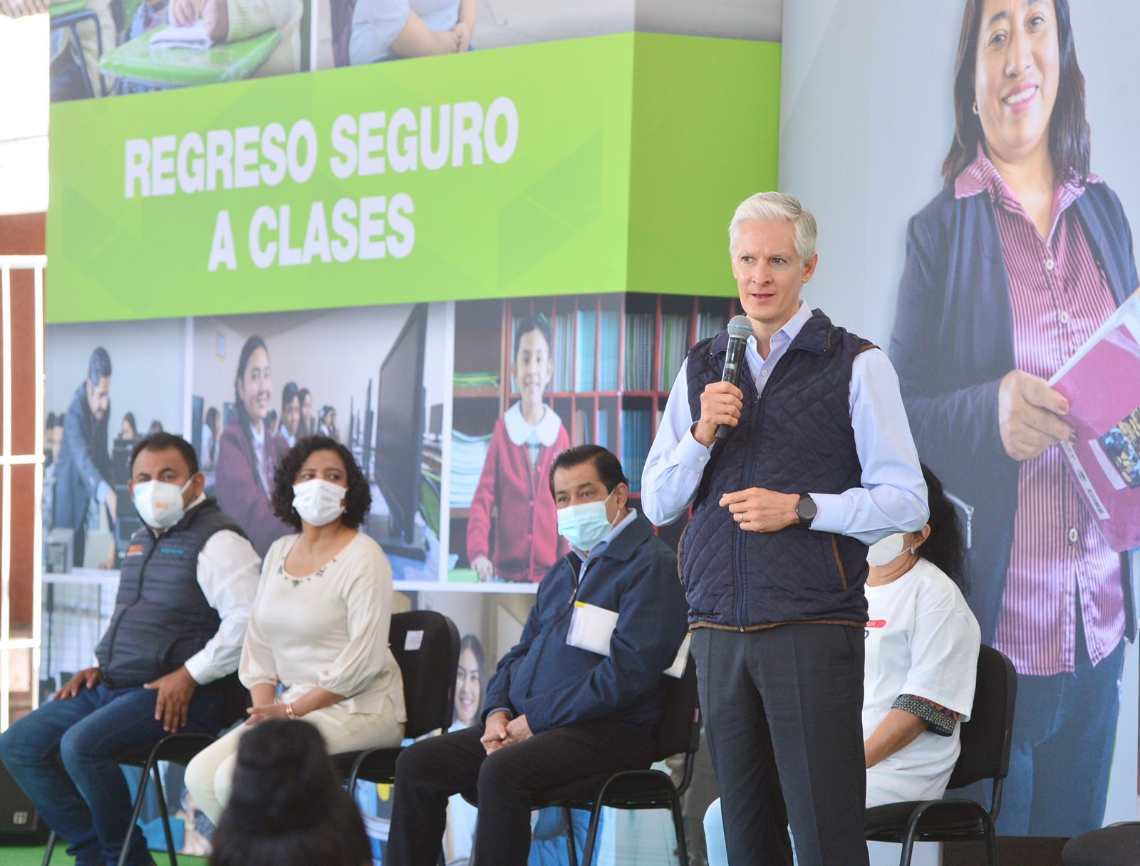 Regreso a clases de los más de 4.5 millones de alumnos mexiquenses será de forma escalonada y respetando medidas sanitarias: Alfredo del Mazo