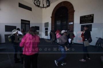 Aperciben al ayuntamiento de Toluca con embargo por no pagar deudas