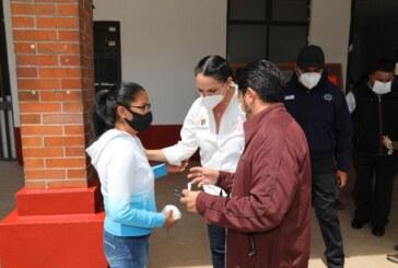 Mantiene Gaby Gamboa visitas a comunidades para mejorar los servicios públicos