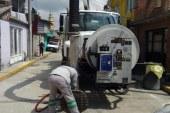 Se intensifican en Toluca trabajos de desazolve