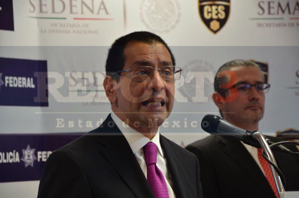 Rinde protesta como fiscal anticorrupción José de la Luz Viña