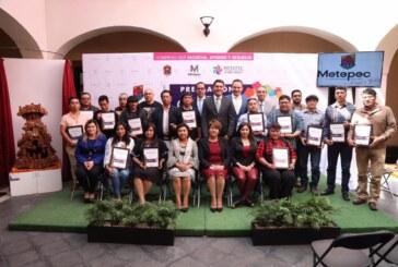 """Reconoce gobierno de Metepec a ganadores del certamen artesanal """"Catrinarte"""""""
