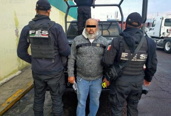Policías de la secretaría de seguridad recuperan vehículo con reporte de robo y detienen a probable responsable