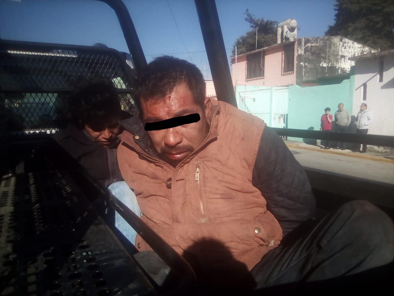 Evita policía de Metepec huida de tres asaltantes de transporte de carga