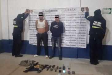 Detienen a dos hombres probables responsables del delito de portación de armas de fuego y explosivos