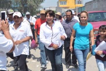 Eruviel Ávila no ha podido ni con el municipio donde nació.- Delfina Gómez