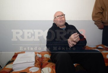 Inicia Pastor huelga de hambre y pernocta en el IEEM