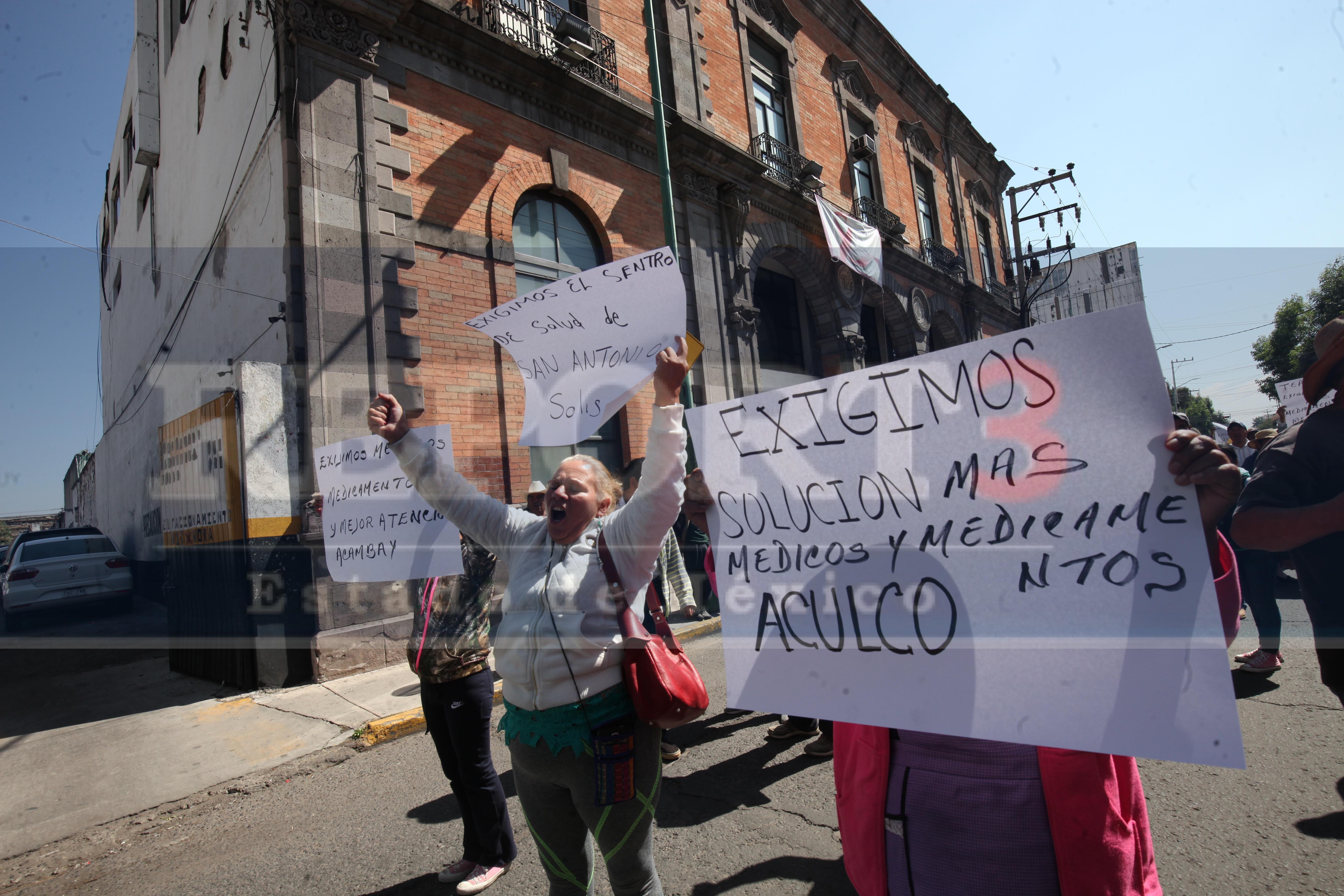 Se manifiestan para pedir médicos y medicinas en centros de salud. En 7 municipios de la zona norte del Estado de México