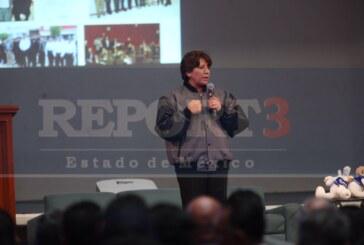 Delfina Gómez ve viable el poder ampliar el metro al valle de México