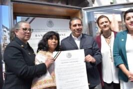 Colocan Bando Solemne expedido por el H. Congreso de la Unión en la González Arriata