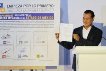 Juan Zepeda firma decálogo en favor de la niñez mexiquense