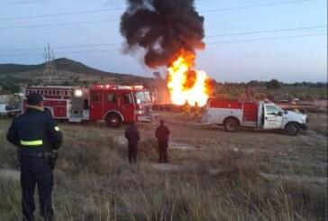Resguardan militares y policía estatal toma clandestina de combustible que se incendió