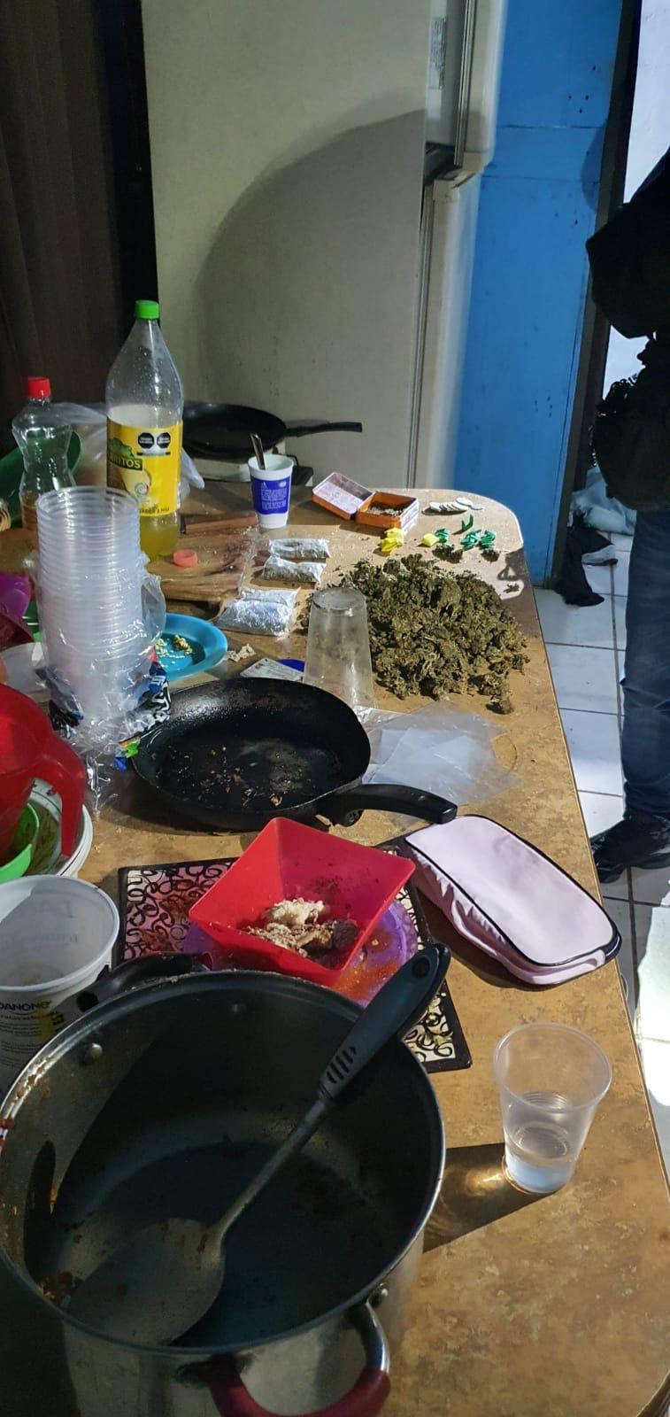 Desmantela FGJEM un punto de venta de droga en Nicolás Romero