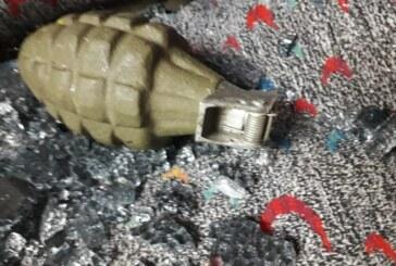 Colocan granada en un autobús de pasajeros