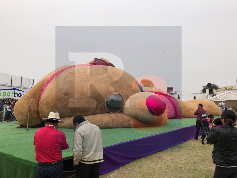 Quedo listo el oso de peluche más grande del mundo