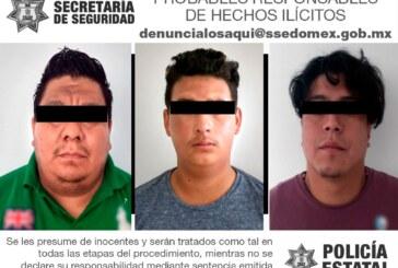 Detiene secretaría de seguridad a tres probables implicados en el delito de robo de vehículo con violencia