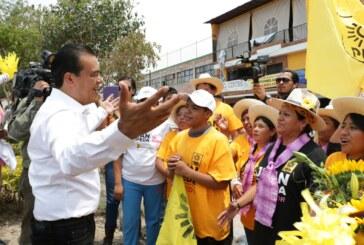 Juan Zepeda refrenda compromiso con el salario de los mexiquenses